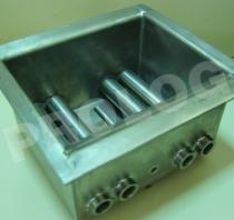 Titanium Fabricated Soldering Bath/บ่อหลอมตะกั่วไทเทเนียมแบบเชื่อมประกอบ
